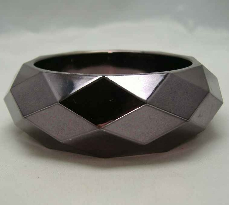 1950s Style Chunky Diamond Cut Metallic Grey Bangle WOW