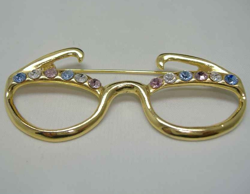 £9.60 - Vintage 80s Diamante Dame Edna Spectacles Brooch FUN!