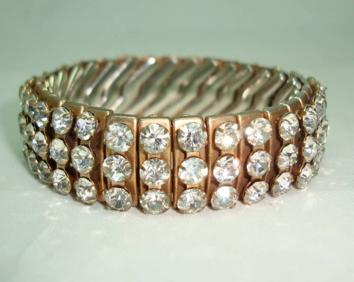 £32.00 - Vintage 50s Sparkling Wide 3 Row Expandable Diamante Goldtone Bracelet