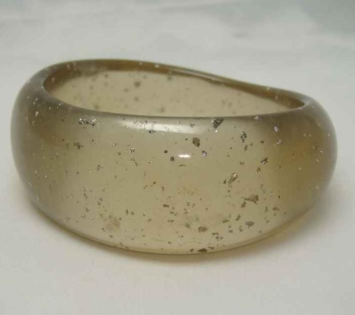 £14.40 - Vintage 80s Wide Gold Lucite Confetti Bangle Bracelet