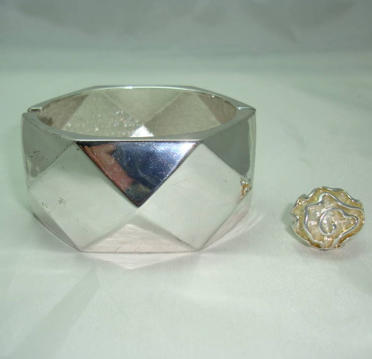 1950s Wide Diamond Cut Silver Clamper Bangle +FREE RING