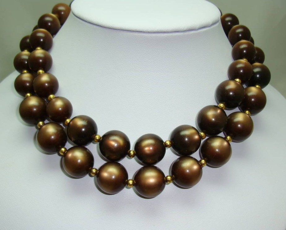 £20.00 - Vintage 50s Stunning 2 Row Chunky Brown Moonglow Lucite Bead Necklace