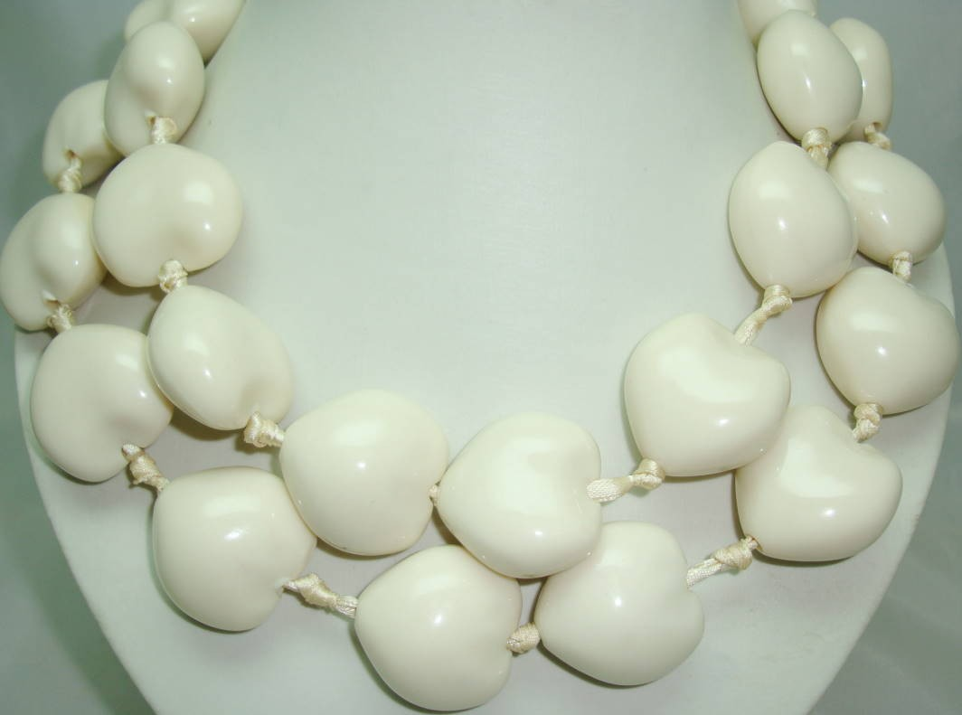 £28.00 - Unique Chunky Cream Heart Bead Necklace on Satin Ribbon