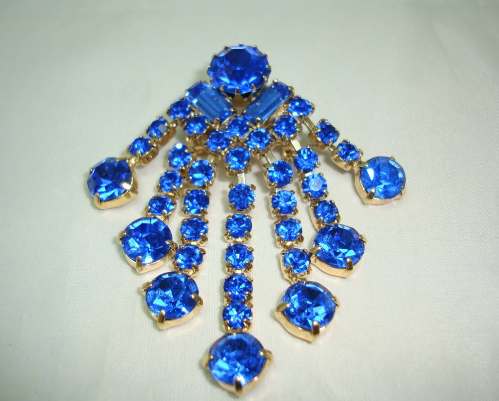 Vintage 50s Vibrant Blue Diamante Cascade Drop Brooch