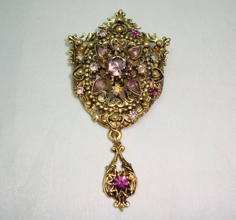 £19.00 - Vintage 50s Elaborate Purple Diamante Gold Drop Brooch