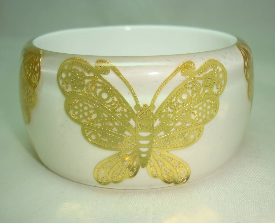Stunning Wide Chunky White and Clear Lucite Gold Butterfly Bangle Wow!