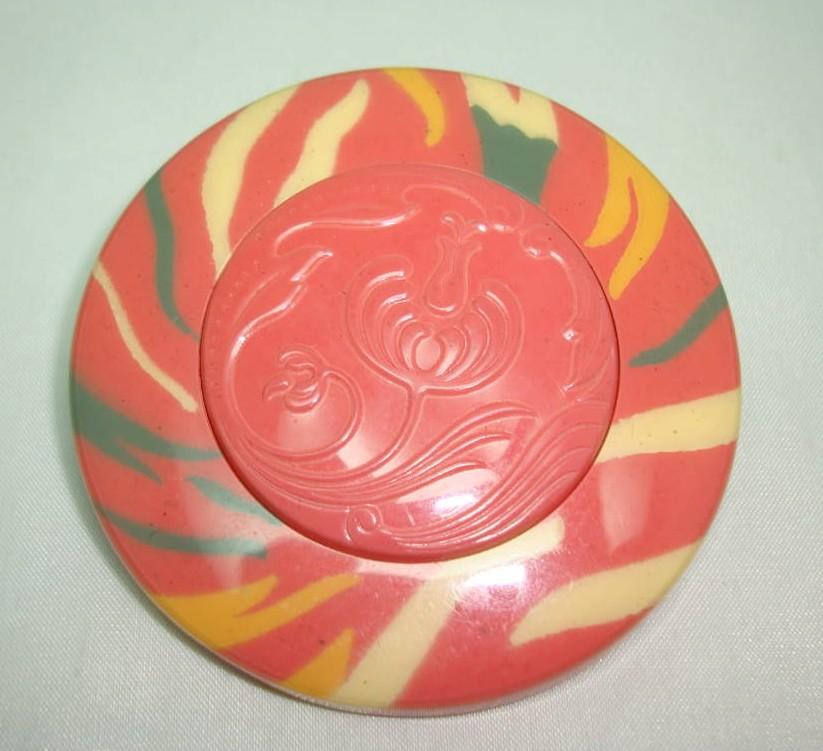 £9.60 - Vintage 50s Large Orange Cream Lucite Swirl Button Flower Brooch