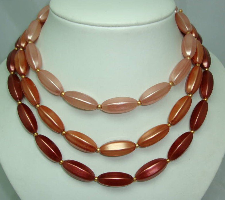 £15.60 - Vintage 50s 3 Row Pink Gold Faux Pearl Bead Necklace