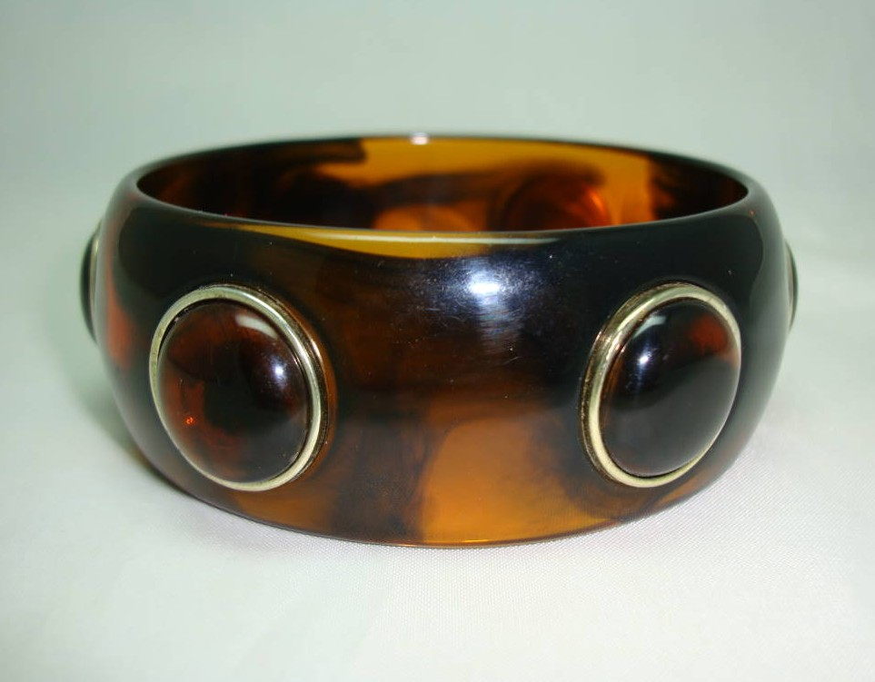 £13.60 - Vintage 80s Chunky Amber Brown Lucite Circles Cuff Bangle