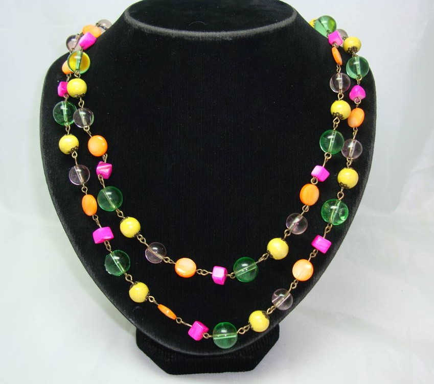 Vintage 30s Art Deco Pink Orange Green Glass Bead Flapper Necklace