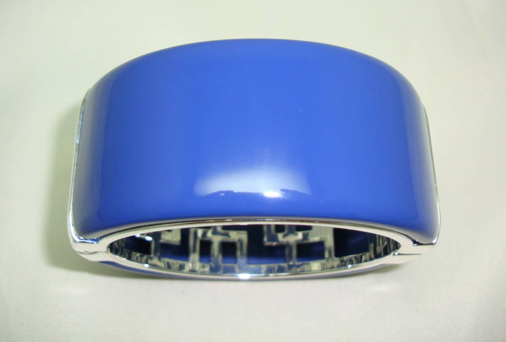 Quality Heavy Blue Acrylic Silvertone Wide Clamper Cuff Bangle Fab!