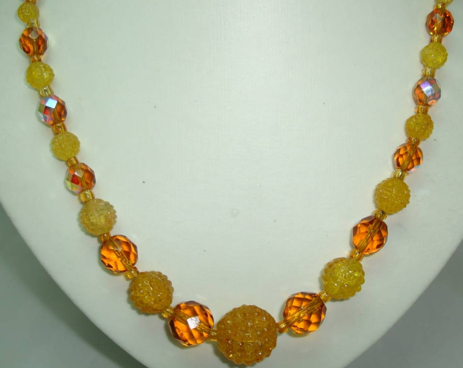 £20.00 - 1950s Amber Citrine Crystal Glass Sugar Bead Necklace