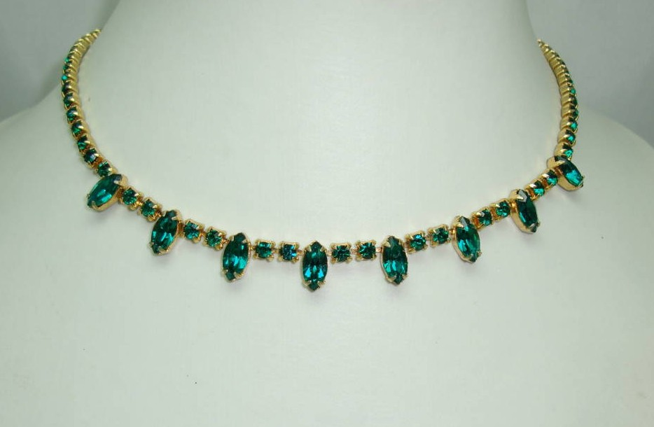 Vintage 50s Quality Green Diamante Drop Necklace
