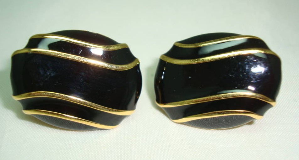 Vintage 80s Signed Napier Black Enamel and Gold Oval Clip On Earrings