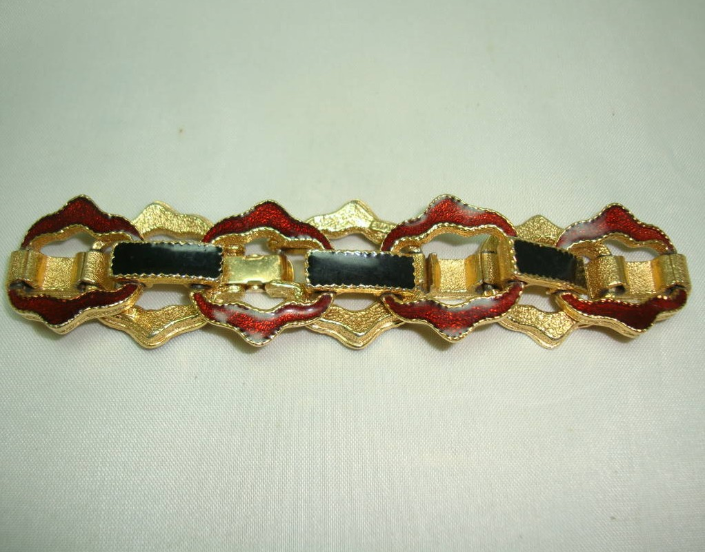 1980s Signed Avon Black and Gold Enamel Fancy Link Goldtone Bracelet
