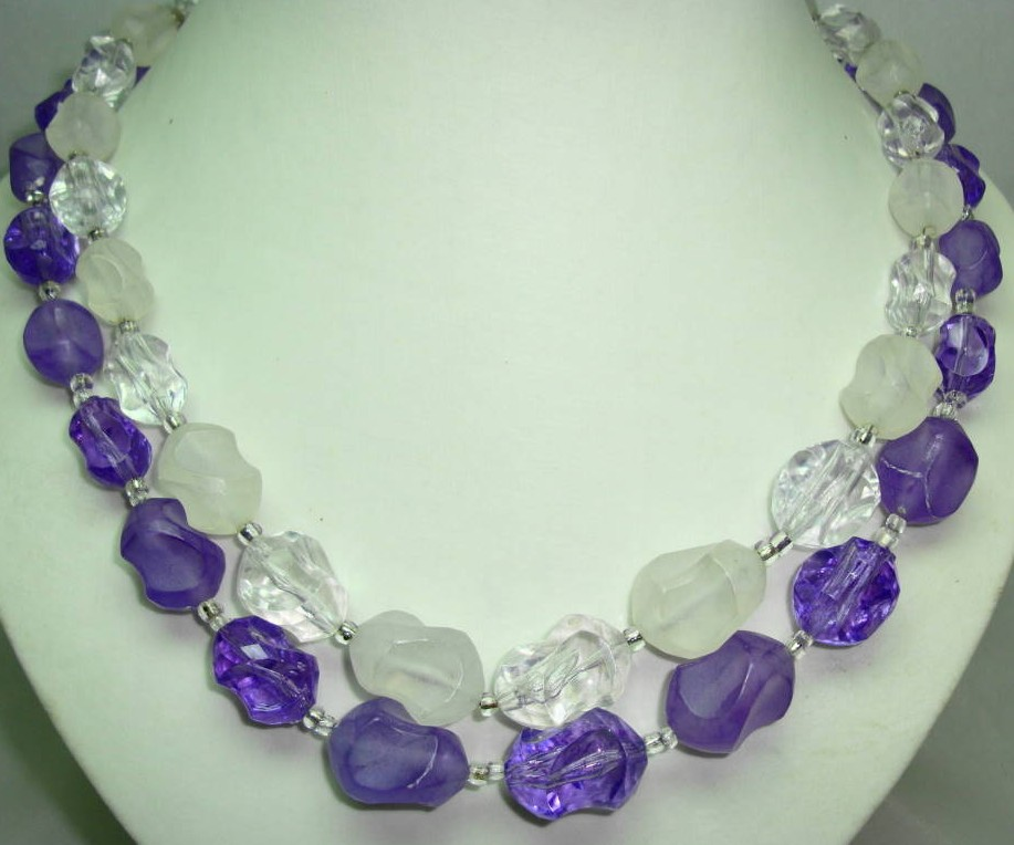 £14.40 - Vintage 50s 2 Row Purple & Clear Lucite Bead Necklace