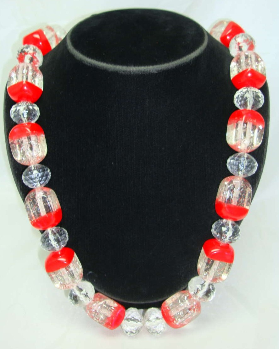 1950s Style Chunky Lucite Confetti Clear & Red Necklace