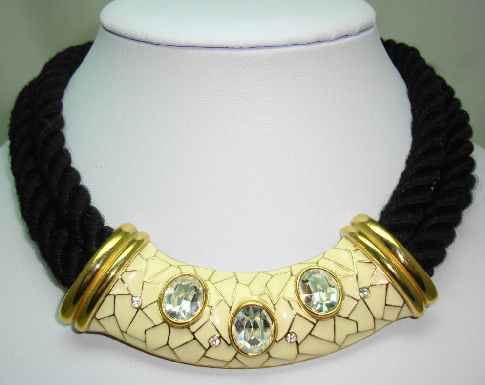 £52.00 - Designer 80s Chunky Two Row Black Cord Cream Enamel Diamante Necklace