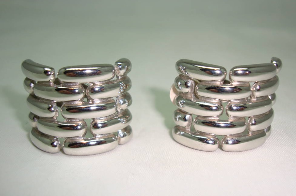 1980s Signed Givenchy Classy Wide Chain Link Clip On Silver Earrings