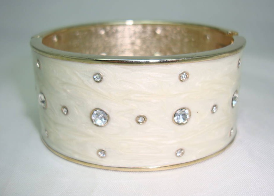 Vintage 80s Chic Wide Cream Enamel Diamante Cuff Bangle Bracelet