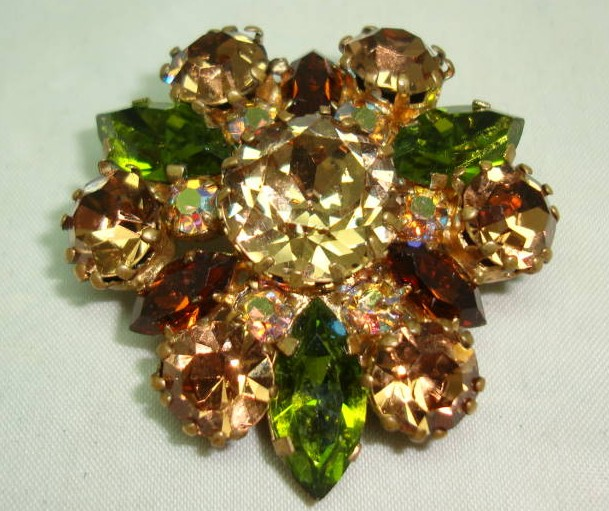 Vintage 50s Qualtiy Green Amber and AB Crystal Diamante Brooch Stunning!