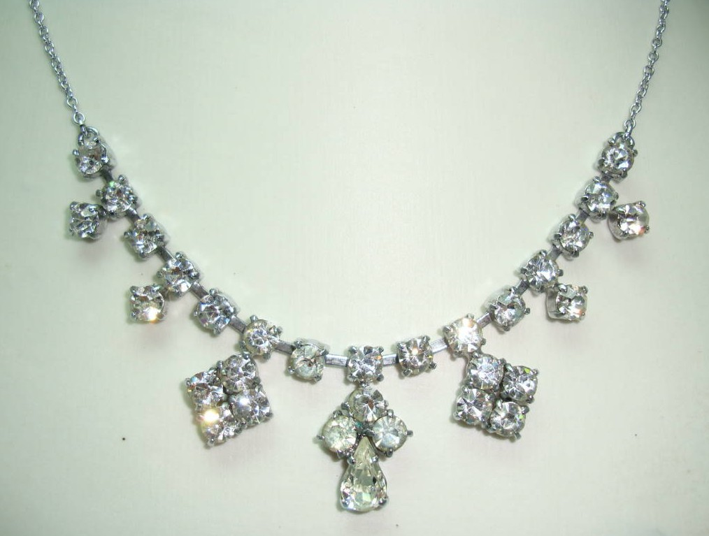 Vintage 50s Starlet Glamour Diamante Rhinestone Drop Necklace on Chain
