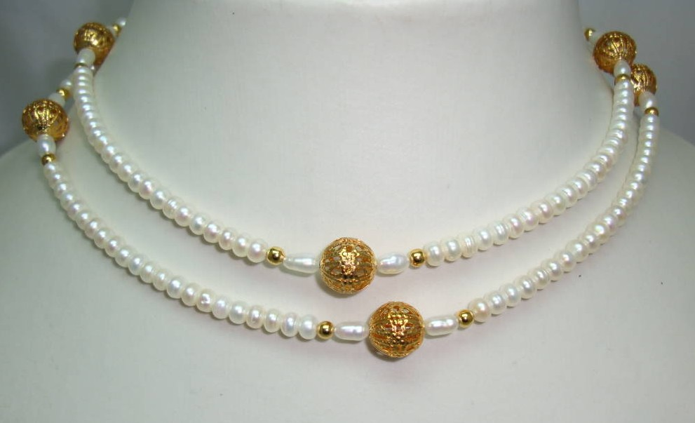Beautiful Real Freshwater Pearl Bead Necklace with Gold Filigree Beads