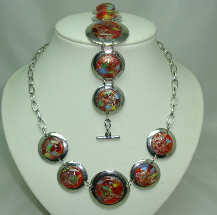 £76.00 - Fabulous Chunky Red Murano Glass Circles Silver Necklace and Bracelet