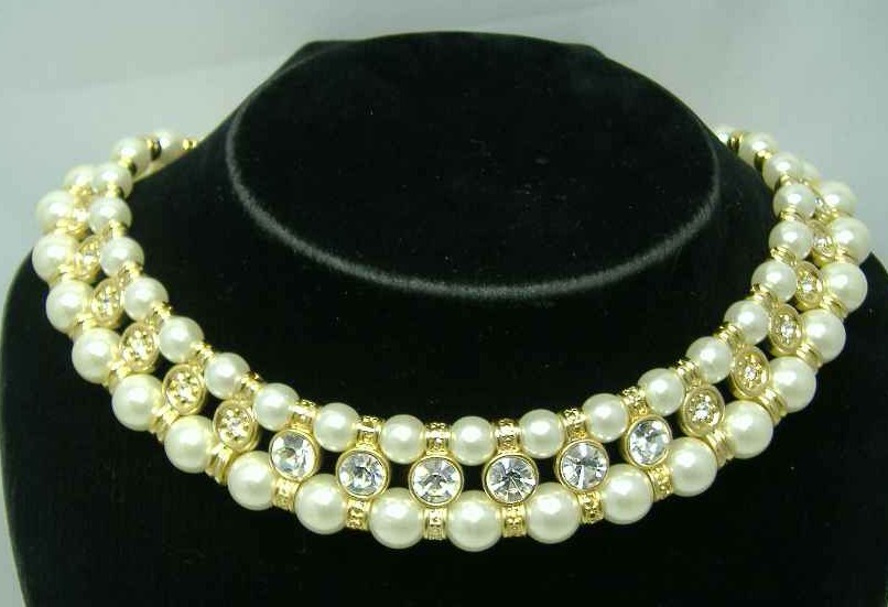 Vintage 80s Faux Pearl Bead & Diamante Choker Necklace