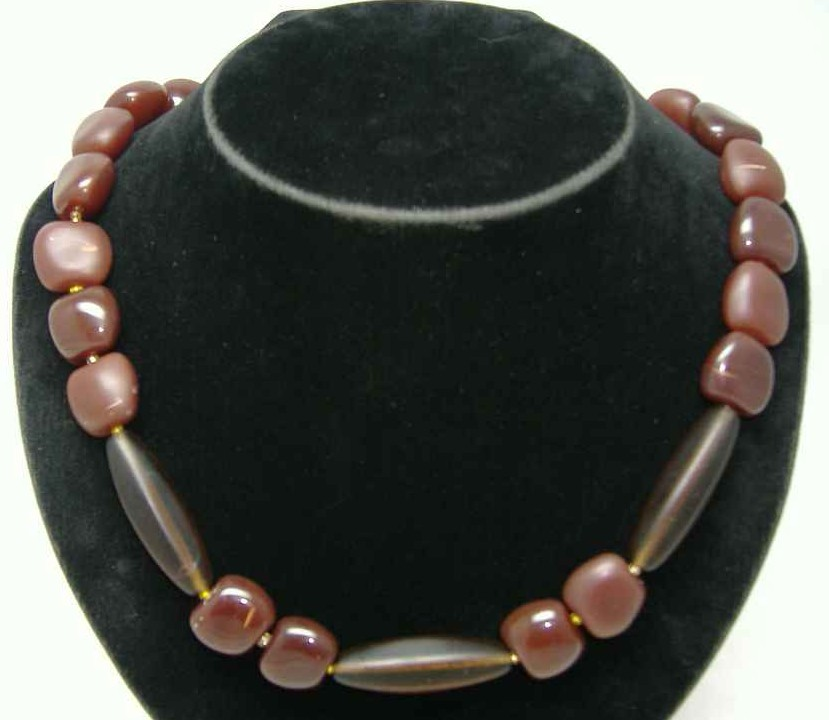 £18.00 - Vintage 50s Chunky Chocolate Brown Glass Bead Necklace