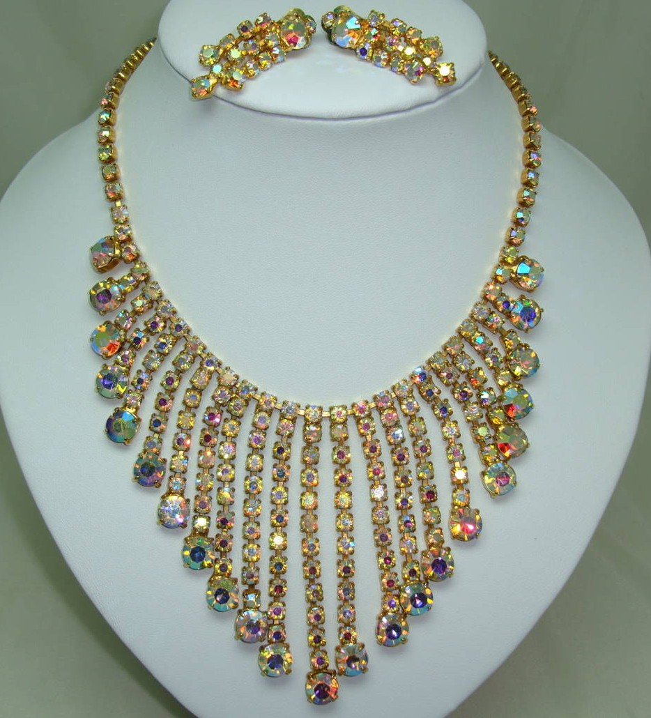 £176.00 - Vintage 50s Amazing AB Diamante Festoon Bib Drop Necklace and Earrings