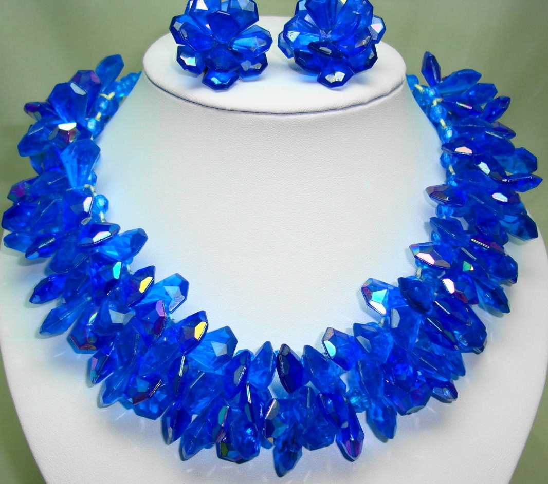 1960s Amazing Wide AB Blue Lucite Cluster Bead Necklace and Earrings