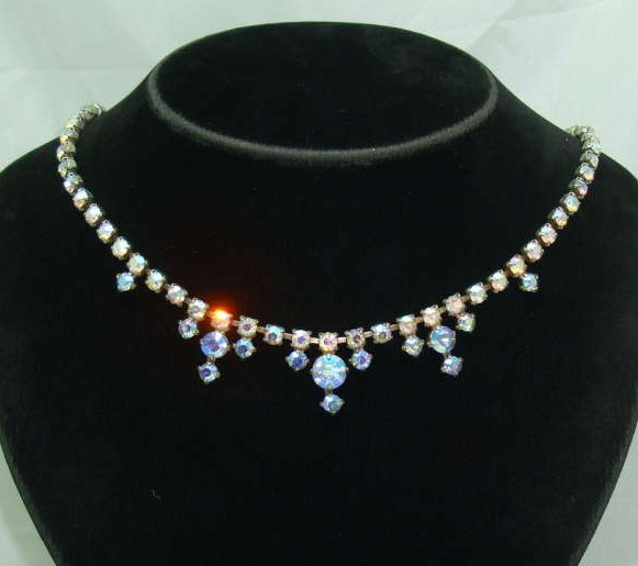 Vintage 50s Pretty Carnival AB Diamante Drop Necklace