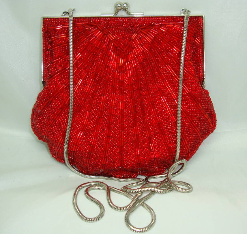 Vintage 80s Fab Red Glass Bugle Bead Scallop Design Evening Handbag