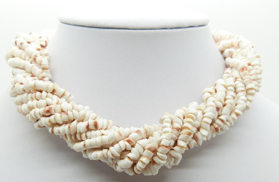 £60.00 - Vintage 60s Convertible Ten Row White Pukka Shell Chip Necklace Fab Clasp!