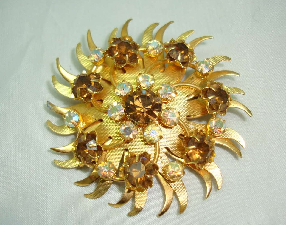 Vintage 50s Gold Starburst AB Citrine Diamante Brooch