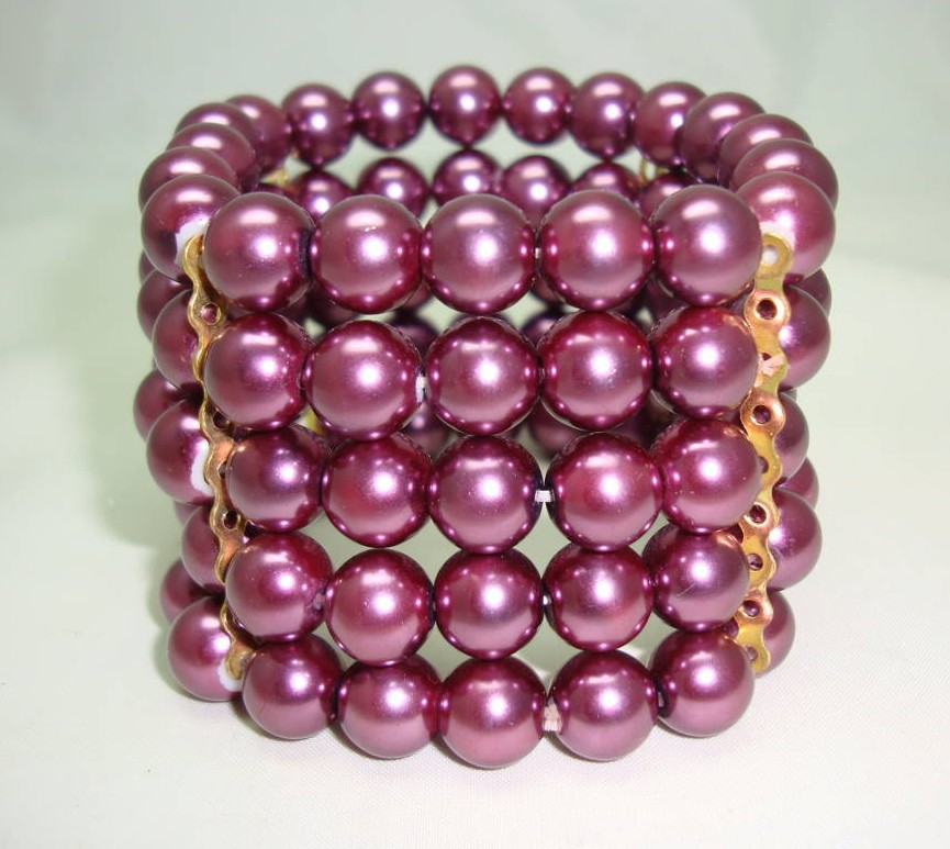 £25.60 - Beautiful Wide Purple Faux Glass Pearl Bead Stretch Cuff Bracelet Fab!