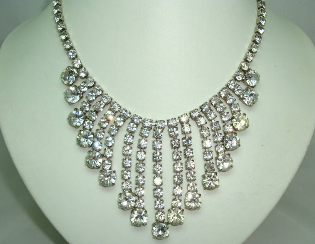 Vintage 50s Sparkling Diamante  Bib Festoon Drop Necklace STUNNING!