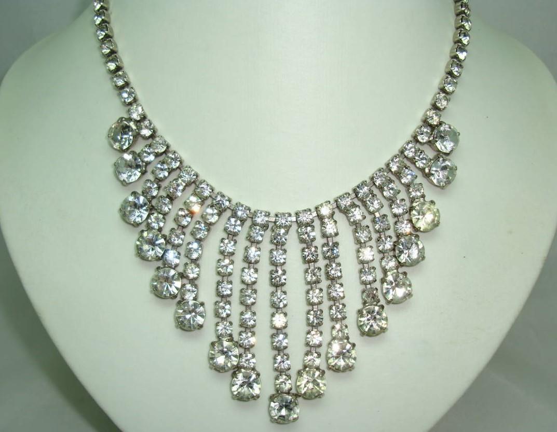 £64.00 - Vintage 50s Sparkling Diamante  Bib Festoon Drop Necklace STUNNING!