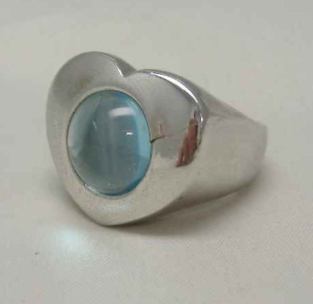 £27.60 - 1970s Fab Sterling Silver Heart Shaped Blue Topaz Ring