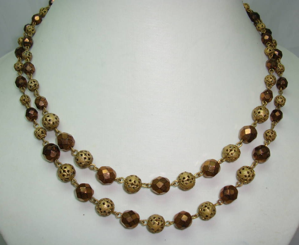 £19.20 - 1950s 2 Row Gold Glass & Filigree Gold Bead Necklace