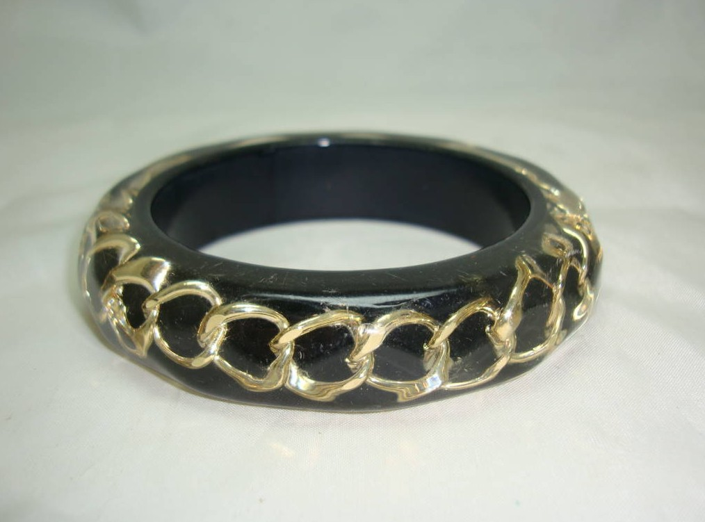 Stylish and Unusual Black and Clear Lucite Gold Chain Inset Bangle