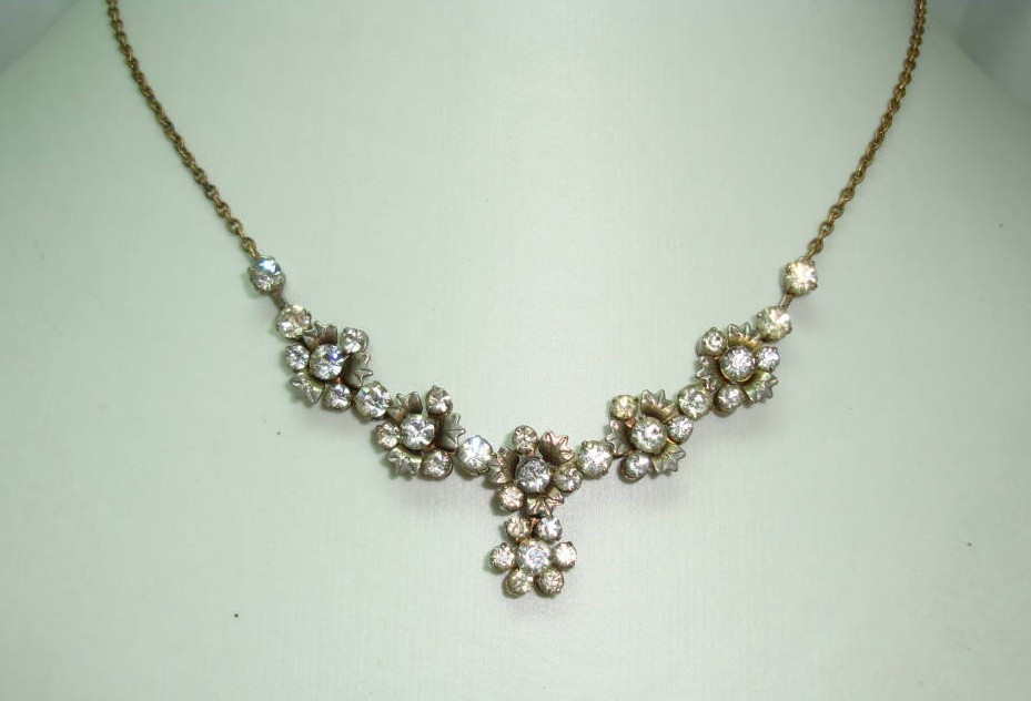 £27.20 - Vintage 30s Quality Articulated Paste Diamante Flower Drop Necklace