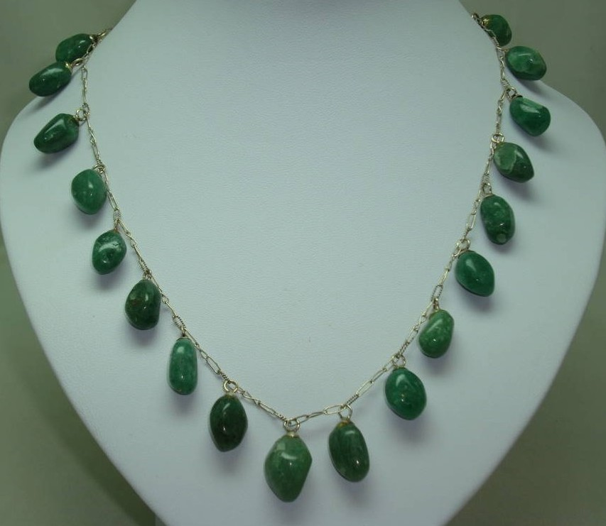 Vintage 30s Beautiful Real Aventurine Smooth Bead Drop Silver Necklace