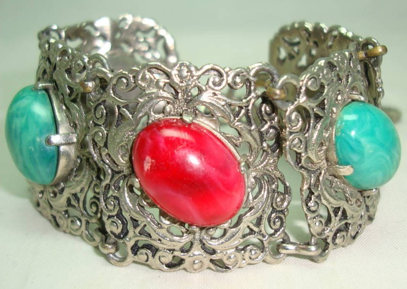 Vintage 50s Wide Green & Red Glass Stone Ornate Silvertone Bracelet