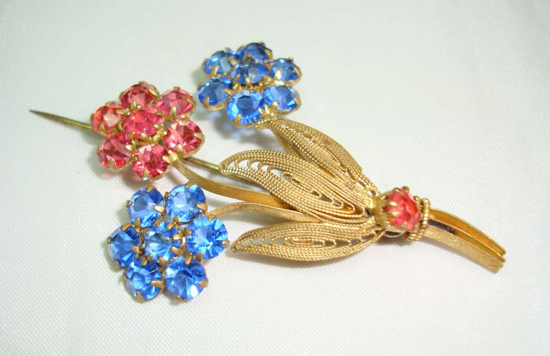 Vintage 30s Czech Blue & Pink Crystal Flower Brooch