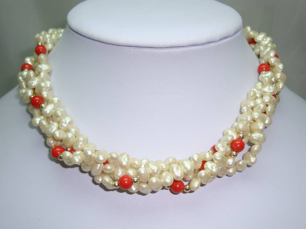 £18.40 - Vintage 50s Pretty 4 Row Faux Pearl and Orange Bead Torsade Necklace