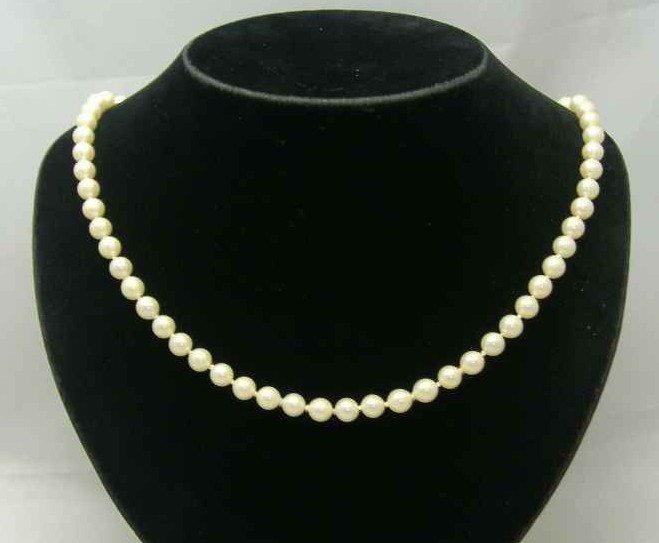 Vintage 50s Hand Knotted Simulated Pearl Bead Necklace