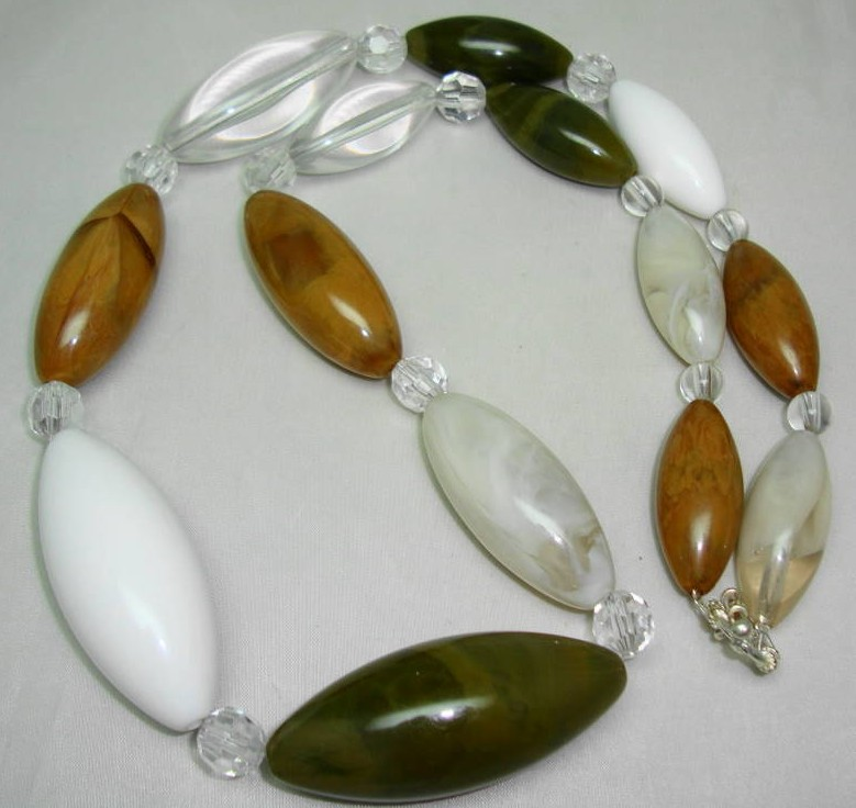 Chunky Green Taupe White and Amber Marble Effect Lucite Bead Necklace