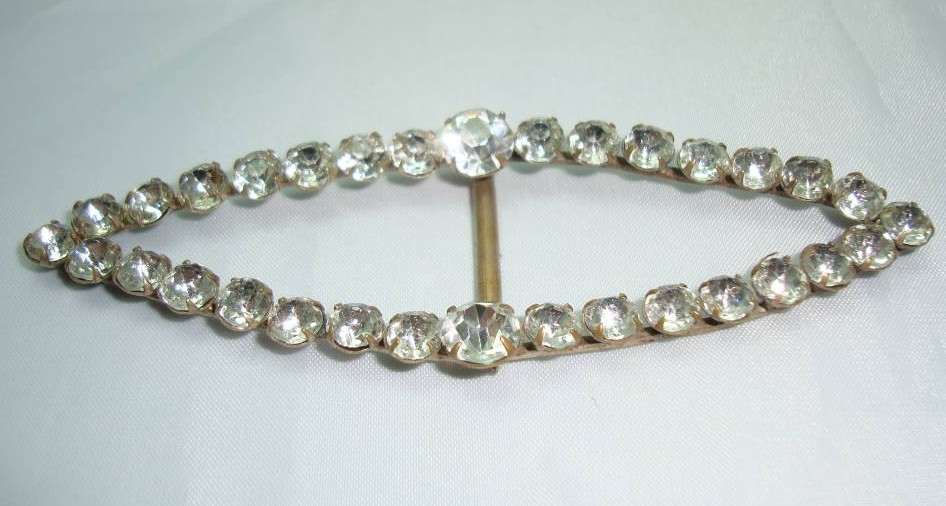 £12.00 - Victorian Fab Large Sparkling Paste Diamante Buckle WOW
